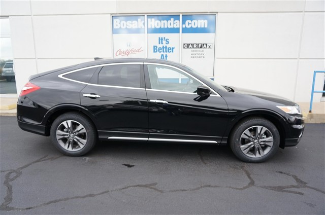 new honda crosstour in highland bosak honda highland. Black Bedroom Furniture Sets. Home Design Ideas